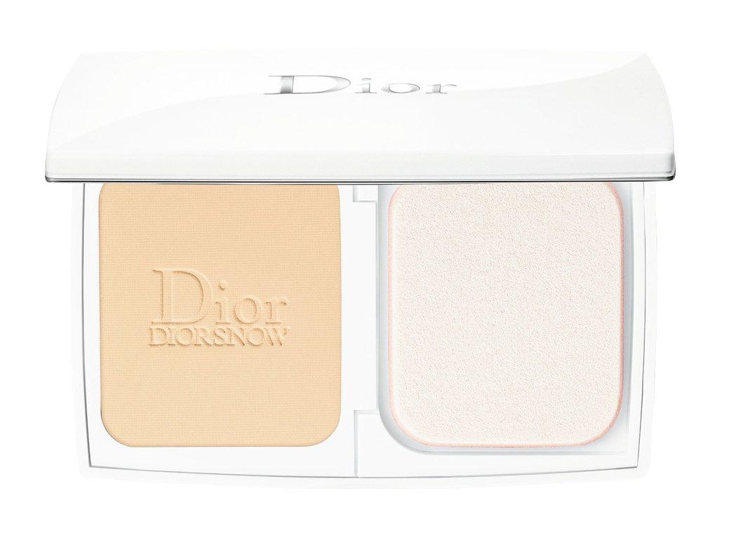 迪奧雪晶靈透亮UV粉餅,售價2,350元,共6色。圖/迪奧提供