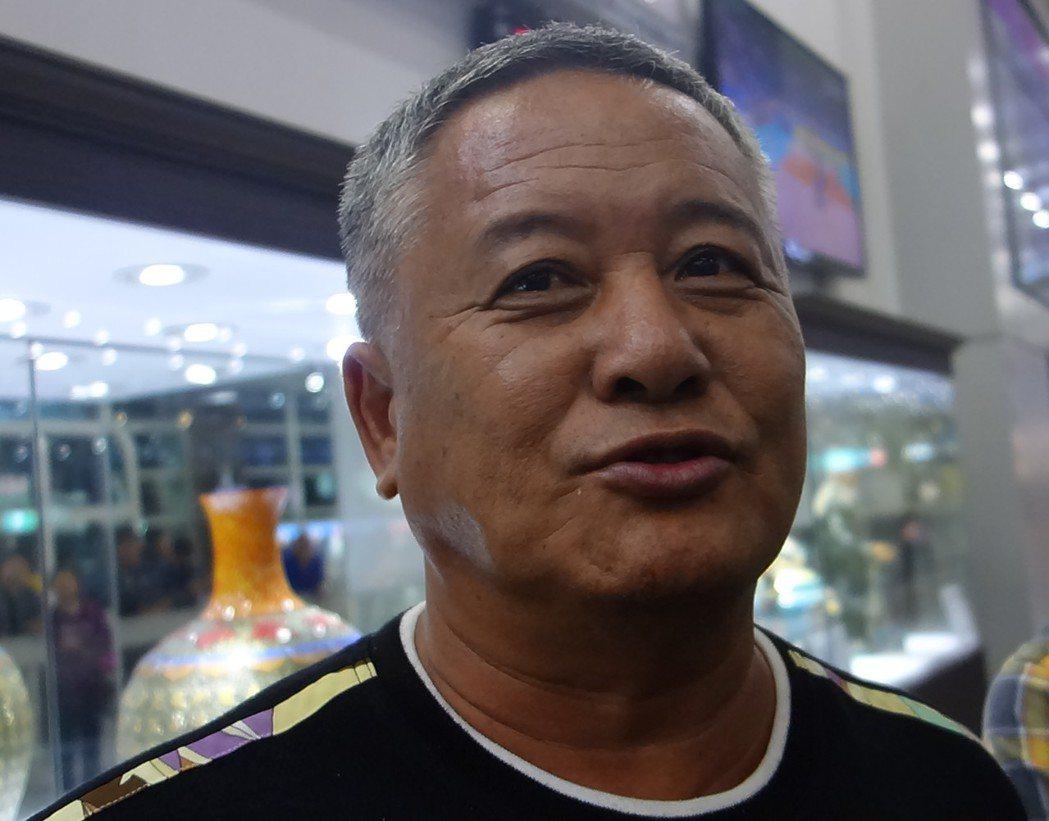 船長蔡雲明今天傍晚搭機回到台灣。記者劉星君/攝影
