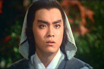 40年,不一樣的「三少爺」,背後的靈魂人物卻都是他—爾冬陞。曾經是邵氏電影王國中被力捧的當家男主角,現在卻成功轉型為華人影壇重量級名導。爾冬陞去年底推出了重拍成名作的3D版「三少爺的劍」,近日台灣觀...