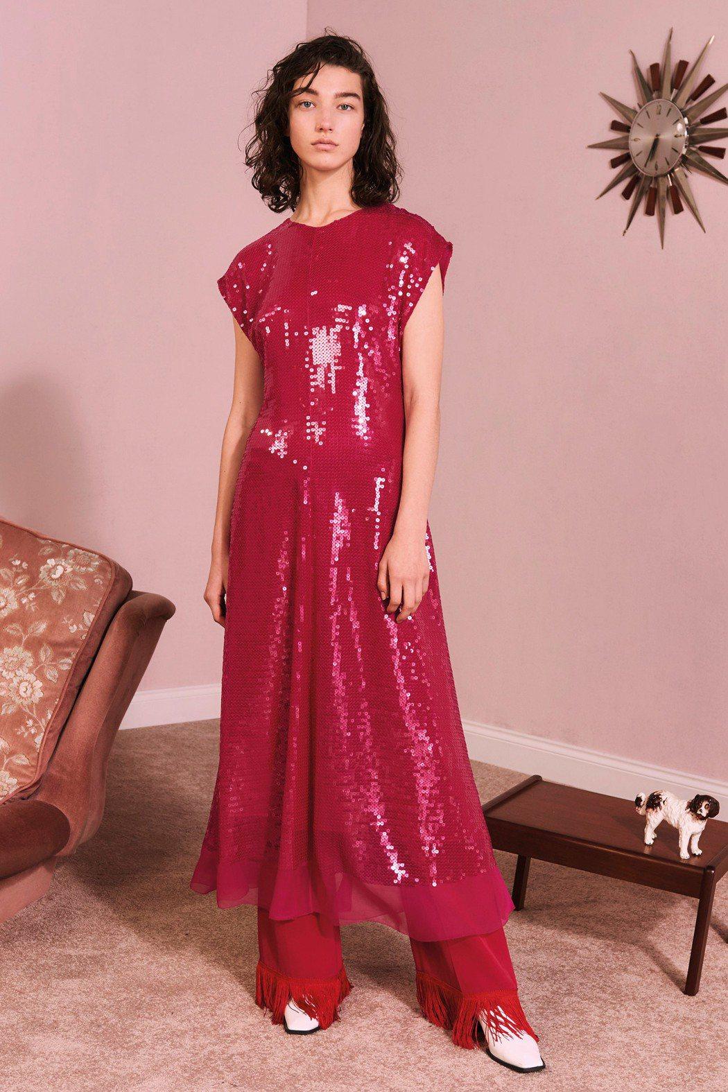 洋紅色也是Stella McCartney早秋的主色調之一。圖/CLUB DES...