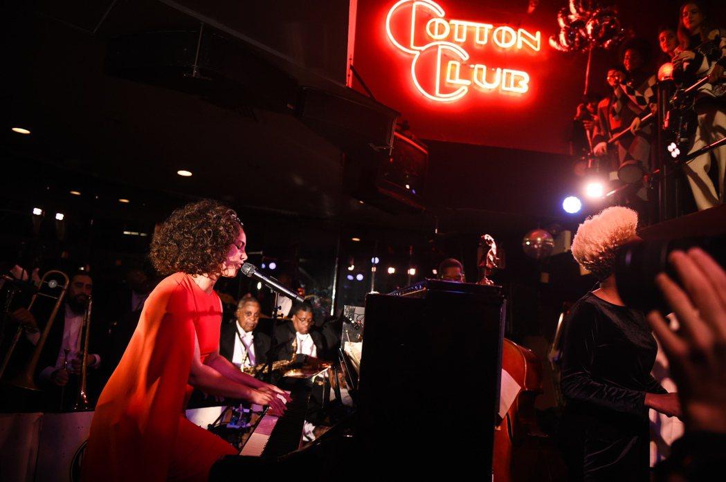 艾莉西亞凱斯(Alicia Keys)現場演唱。圖/CLUB DESIGNER提...