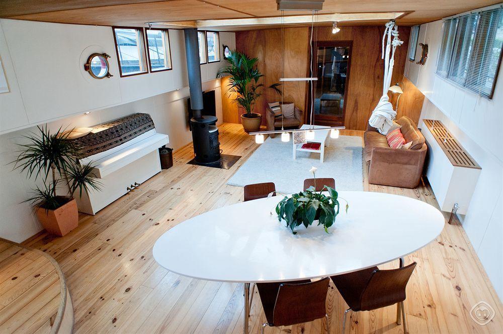 船屋飯店公寓 - 運河帶東區 (Houseboat Apartments - C...