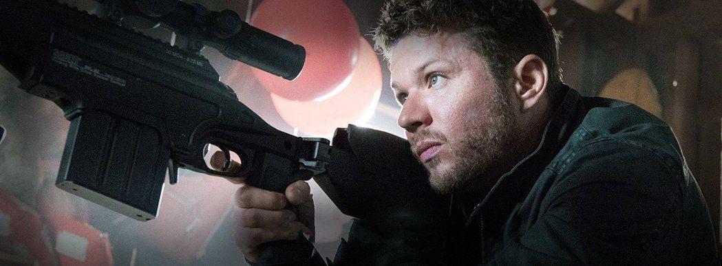 雷恩菲利浦轉型動作硬漢,扮演狙擊手。圖/摘自imdb