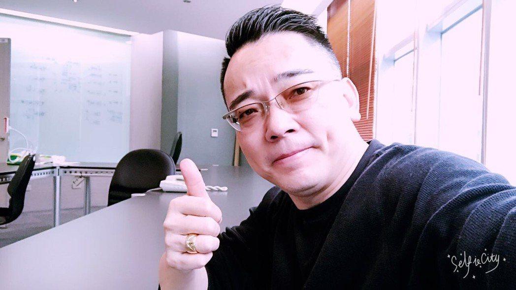 詹惟中大膽預言今年演藝圈運勢。圖/詹惟中提供