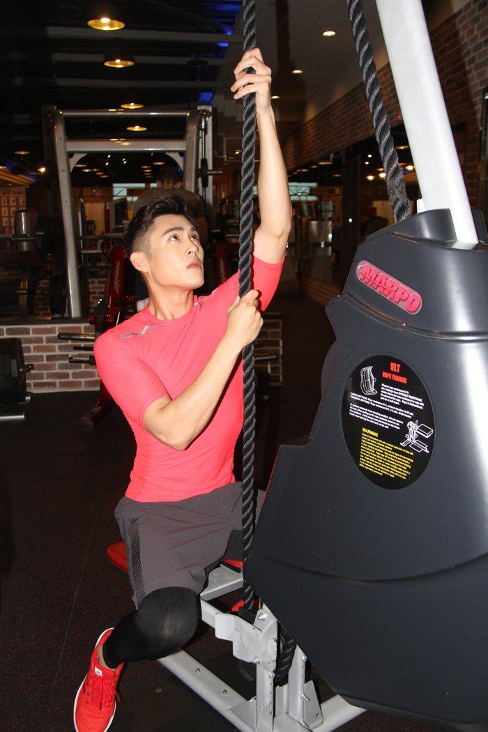 陳奕維持一周上2次健身房健身。圖/達騰娛樂提供