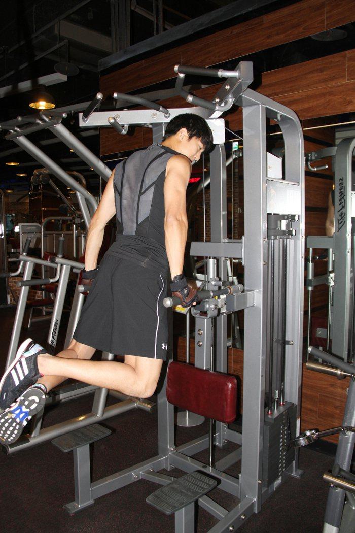 邱昊奇經常在臉書分享健身心得。圖/達騰娛樂提供
