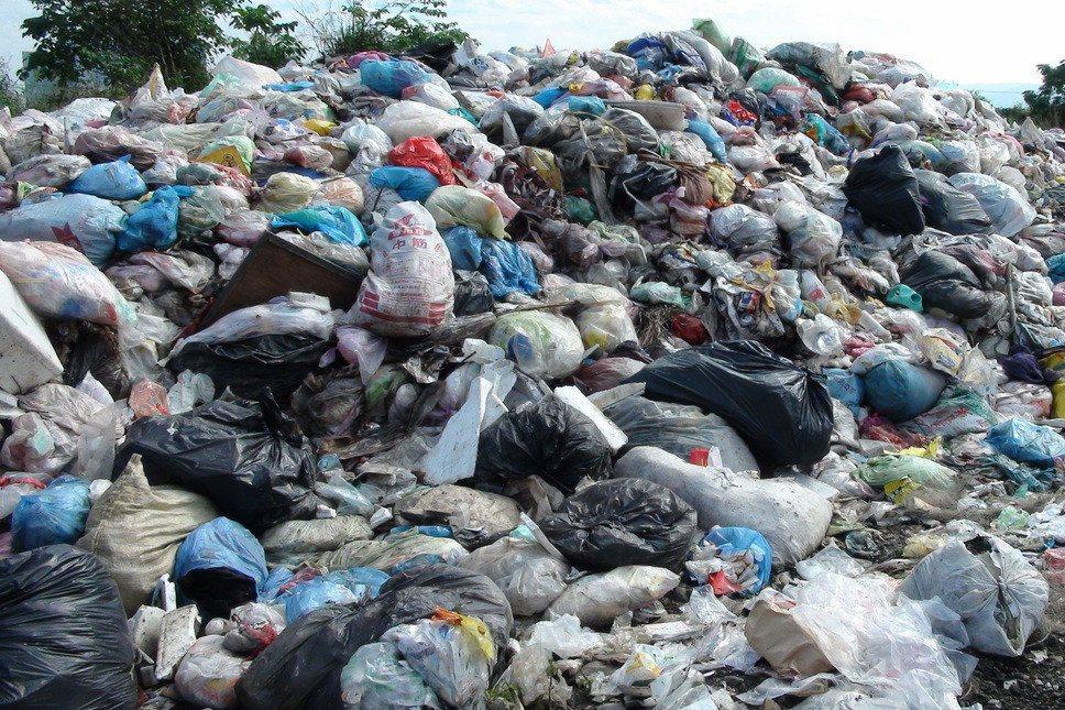 垃圾大战有解?环保署春节前提解方。图/?报资料照片