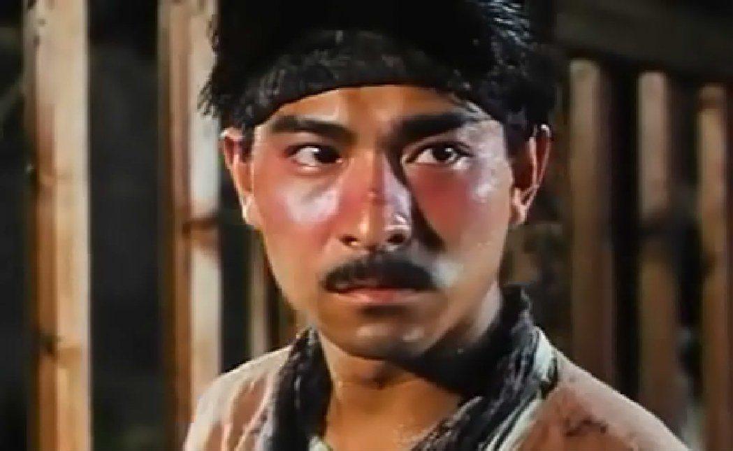 劉德華曾在電影「異域」扮演馬賊首領,電影朱延平說當時華仔的馬術已非常高明。 圖/