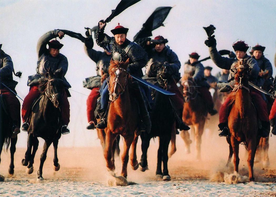劉德華早年也曾於拍攝「投名狀」一場戰爭戲時,因馬匹失控,以極快的速度向山谷狂奔,