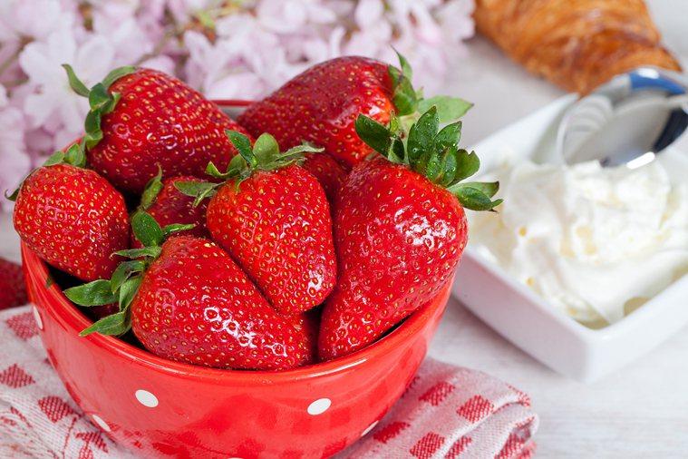 草莓。我嘗試好多年,發現蘋果、草莓是比較確定的過敏原。 圖片/ingimag...