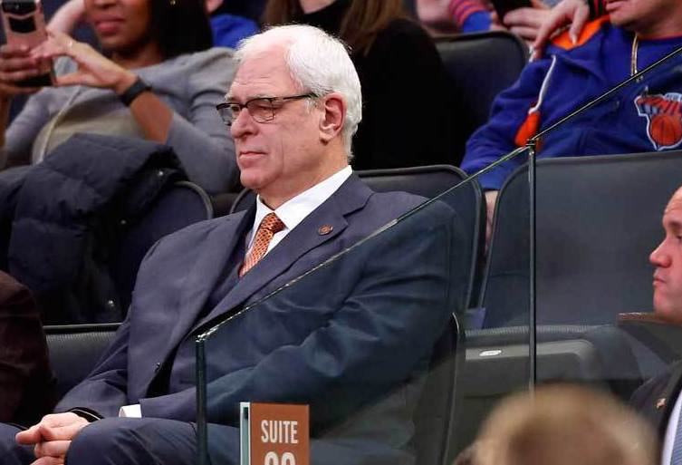 禪師傑克森辭卸紐約尼克隊籃球營運總裁之職。 美聯社