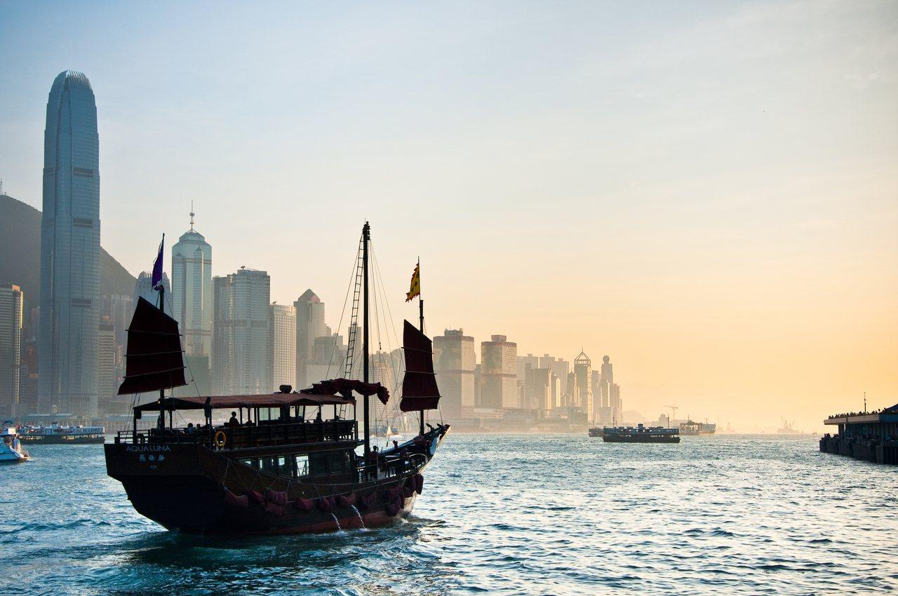 香港是一个港口城市,过去面向海洋、进而世界,不将接连的大陆视为唯一腹地。图/S...