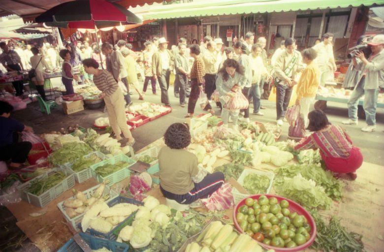 「菜市場」之成形凝聚,其實需要人的日常參與,或許擘劃城市的人,比誰都更需要多逛逛...