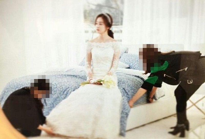 金泰希16日為自己代言的品牌拍攝廣告,換上婚紗,今日將成最美的新娘。圖/摘自運動...