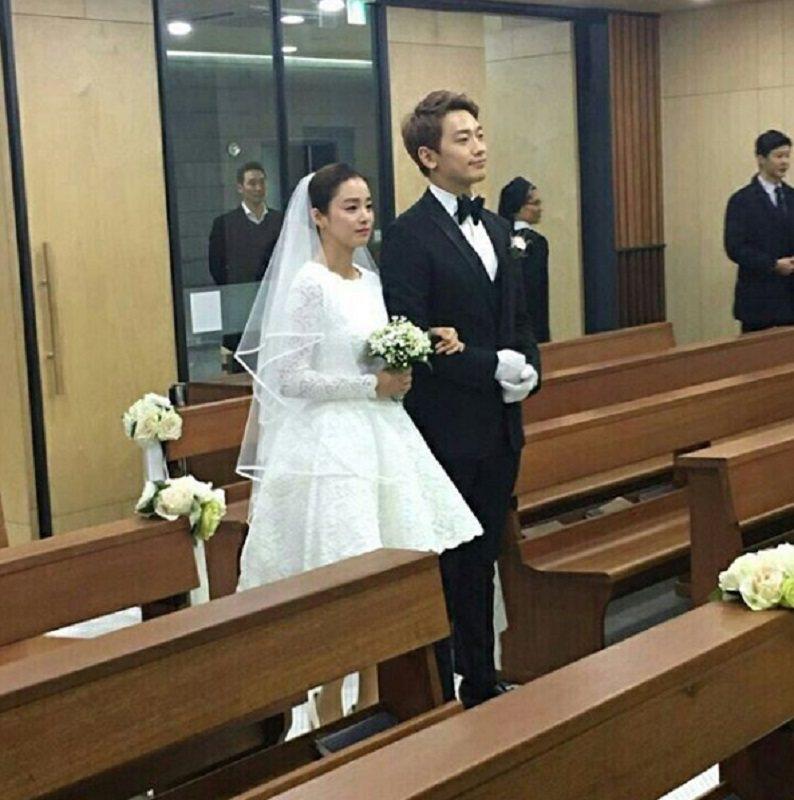 Rain(右)與金泰希這對銀幕佳偶相戀5年,於今日下午正式完婚。圖/摘自 IG