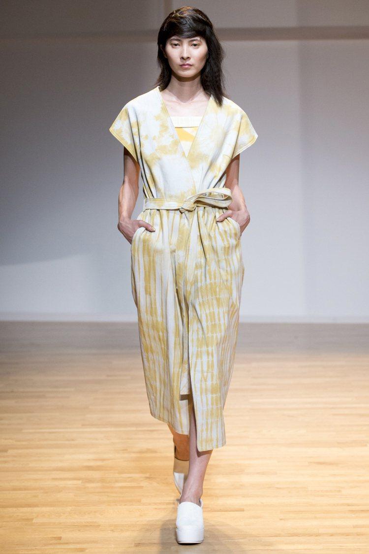 陳劭彥的服裝作品即將在法國加萊蕾絲暨時尚博物館展出。圖/業者提供