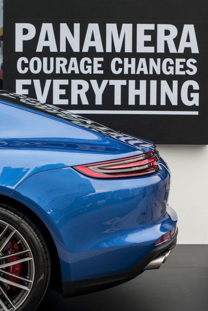 保時捷在新的一年裡賦予「勇氣」一個全新定義。 保時捷提供