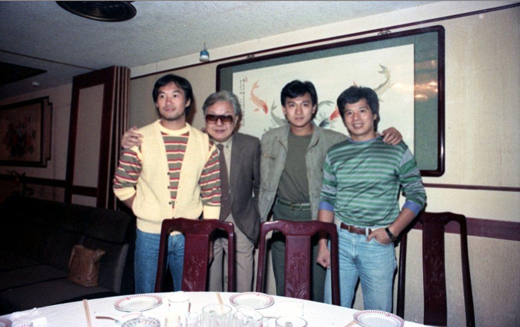 劉德華(右二)很早已來台拍攝張徹(左二)執導的電影。圖/聯合報系資料照片
