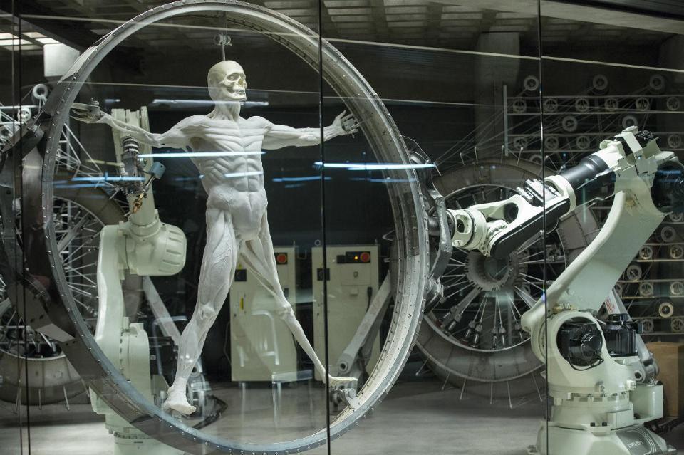 「西方極樂園」是科幻劇,也不容易在金球獎上脫穎而出。圖/摘自Forbes