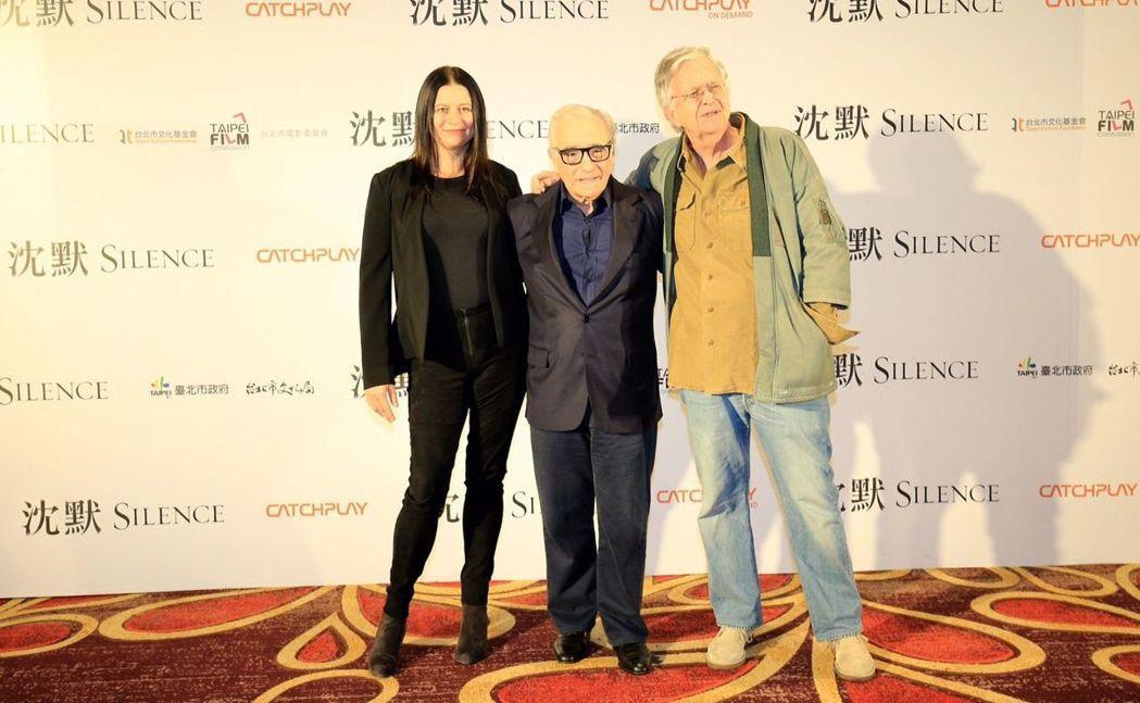 電影「沉默」年後上映,導演馬丁史柯西斯(中)與編劇、製片來台宣傳,片中海景特效在