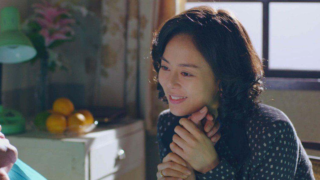 劉香慈演出「阿不拉」早已看不到「士官長」的影子。圖/民視提供