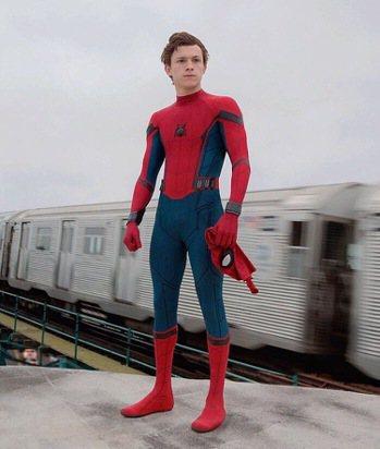 湯姆霍蘭德是大銀幕上最新一代的蜘蛛人。圖/摘自imdb