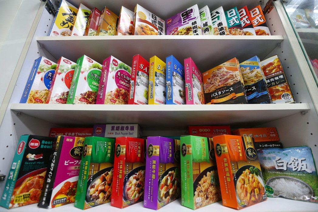 聯夏食品的產品─料理包。記者杜建重/攝影 杜建重