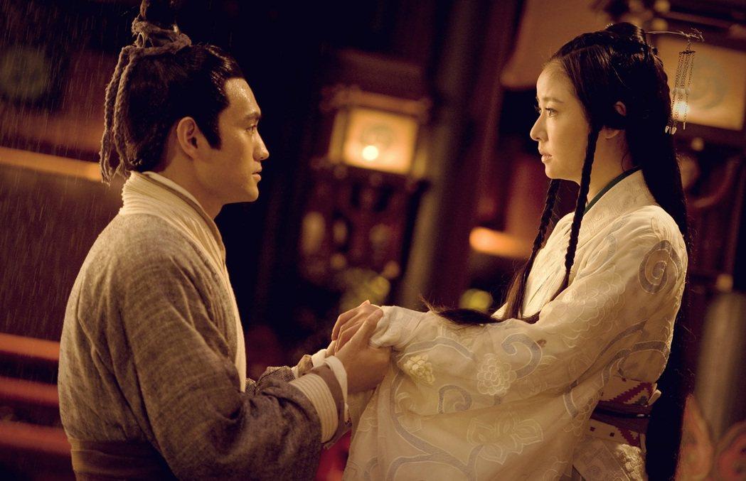 林心如(右)在「秀麗江山長歌行」中也是自主女性。圖/中視提供