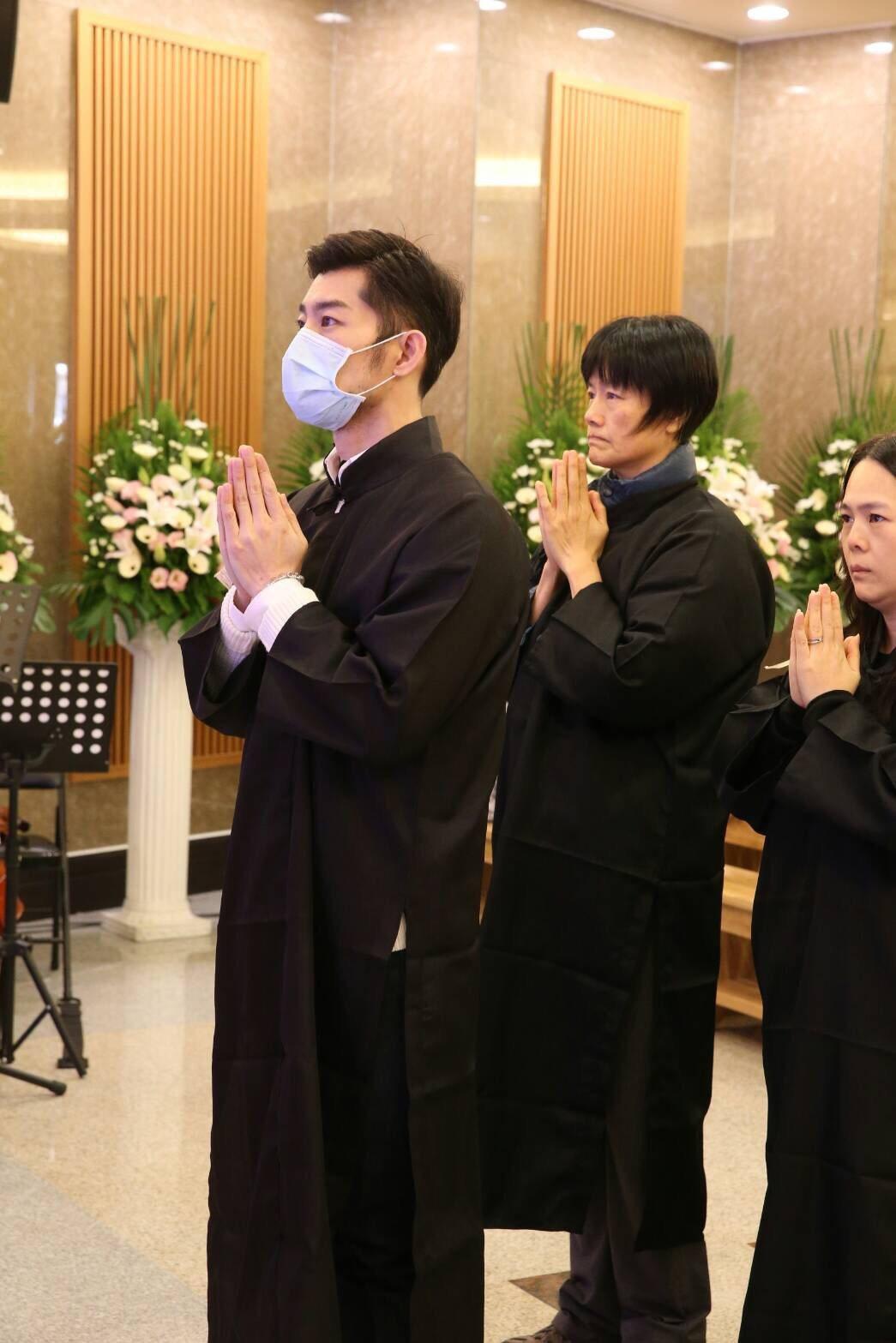 巫明霞(小明明)告別式。記者陳立凱/攝