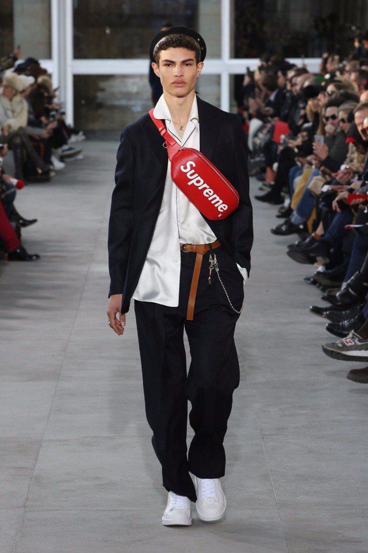 Louis Vuitton最新一季男裝與紐約潮牌Supreme聯名。圖/Loui...