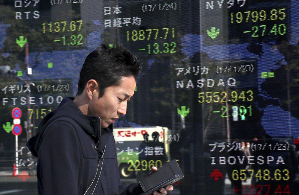 川普退TPP、財長批強勢美元 日股、美元繼續跌01-24 13:32347