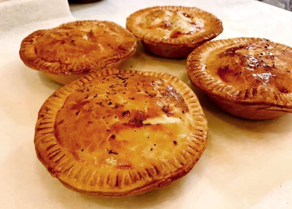 澳洲人在幫肉派加冕「國民美食」的美稱時,時常面臨「什麼才是澳洲文化?」 圖/感謝...