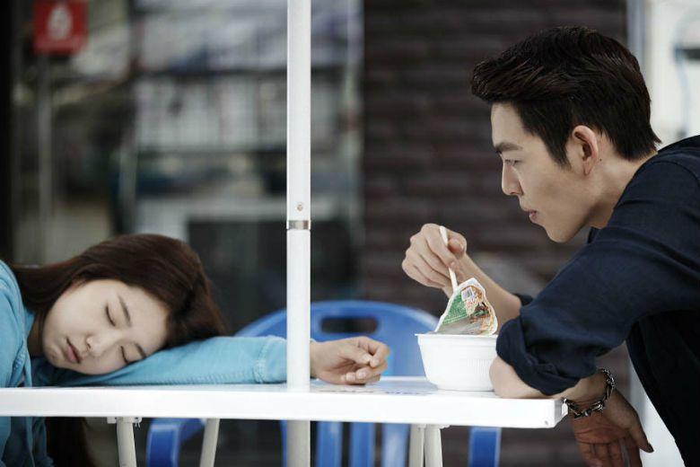 相較於臺灣人喜好在便利商店內吃速食便當,韓國人更偏好選擇吃泡麵解決自己嘴饞時刻。...