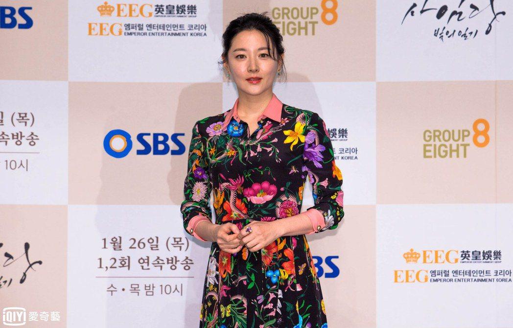 「師任堂」24日在首爾舉辦發布記者會,這是李英愛相隔13年的復出之作。圖/台灣愛...