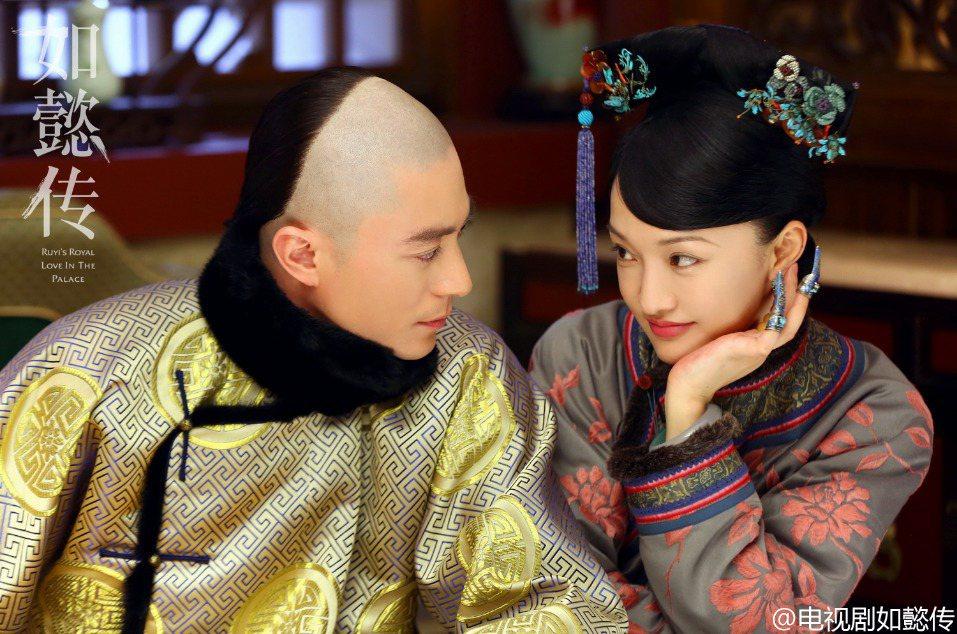 霍建華與周迅合作新劇「如懿傳」。圖/擷自微博