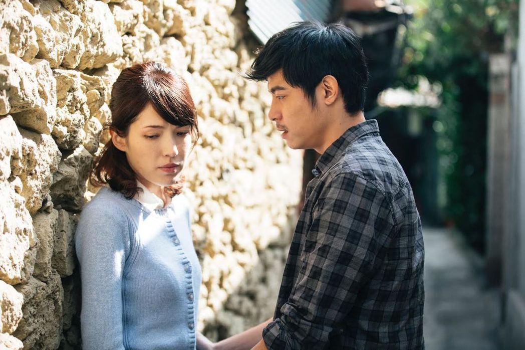 許瑋甯與王柏傑兩人因為拍攝電影「失控謊言」而相識。 圖/前景娛樂提供