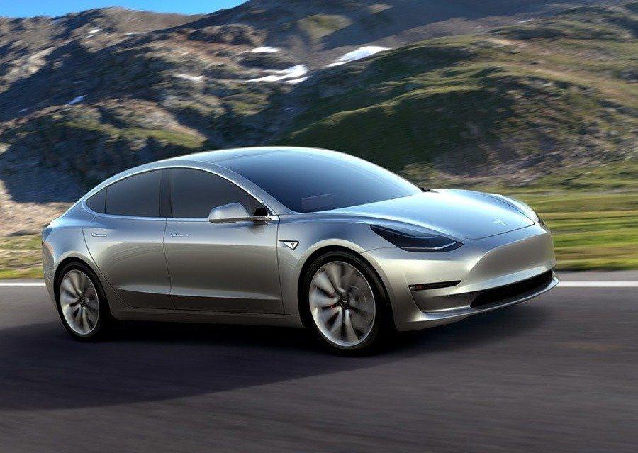 Model 3中型電動房車。 Tesla提供