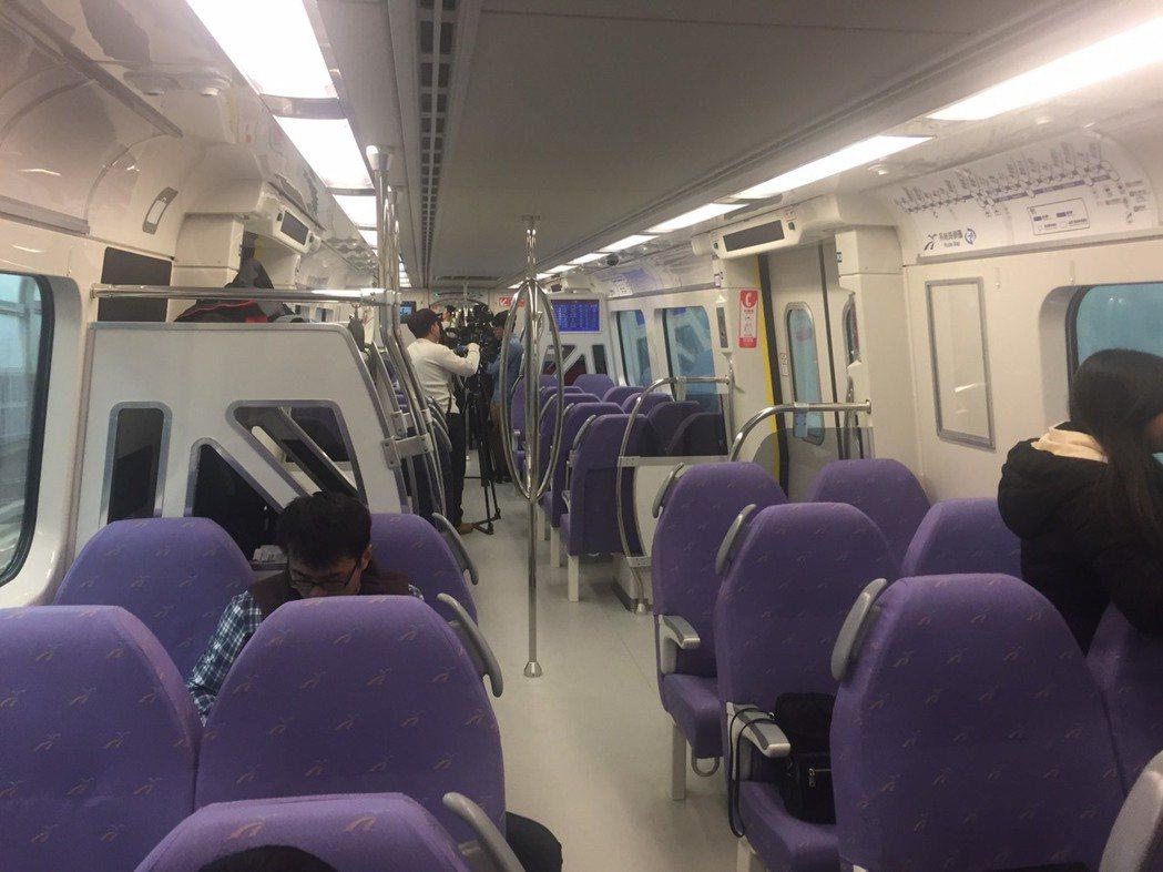 交通部高鐵局證實桃園機場捷運將在2月2日試營運,3月2日正式通車。記者侯俐安/攝...