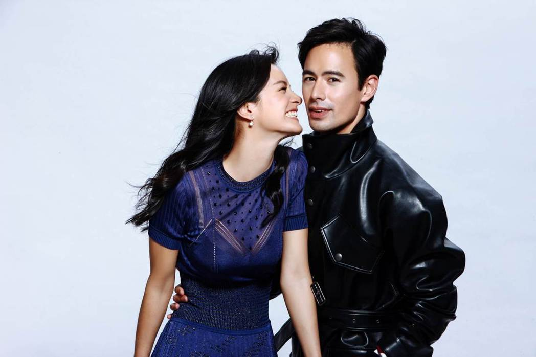 Janet(左)與老公George甜蜜受訪。圖/COSMOPOLITAN.COM...