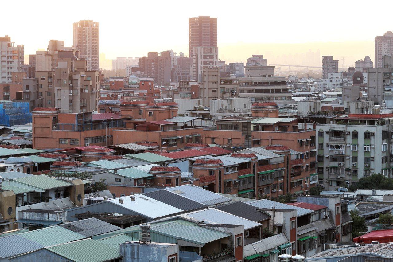房屋稅風波在去年鬧得沸沸揚揚。記者林伯東/攝影
