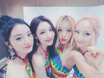 以〈Nobody〉一曲爆紅的韓國女團Wonder Girls,經紀公司JYP娛樂26日宣布Wonder Girls正式解散,2月10日將會推出她們最後一張單曲。即將迎來出道十周年的Wonder Gi...