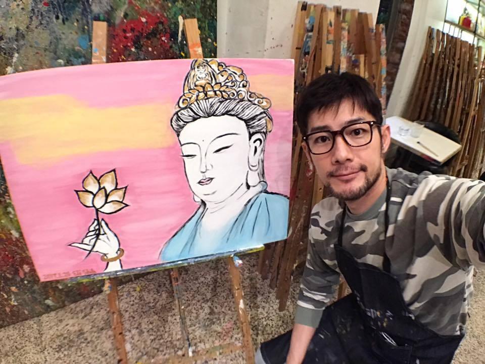 施易男畫菩薩圖沉澱心情。圖/摘自臉書