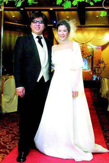 袁惟仁(左)與陸元琪的婚姻已成過去式。本報資料照片