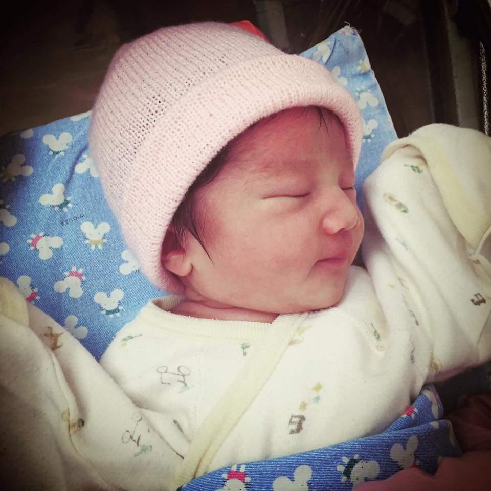 隋棠女兒Lucy出生。圖/摘自臉書