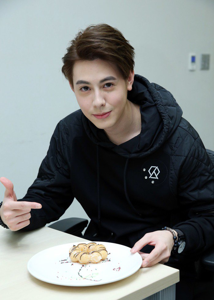 SpeXial Teddy做情人節甜點。記者陳瑞源/攝影