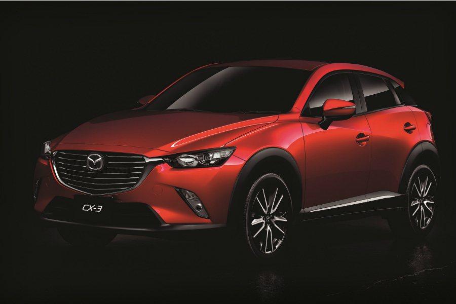 台灣馬自達近日追加 CX-3「i-ACTIVSENSE 安心特仕版」,將標配 SCBS-F 前行煞車輔助系統、BSM 盲點偵測系統,建議售價為 83.9 萬元。 摘自 Mazda