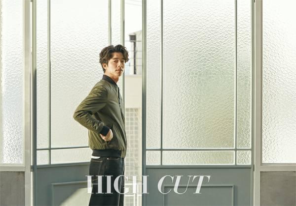 孔劉成為High Cut雜誌最新一期封面人物,展現不同於高富帥造型的時尚魅力。圖...