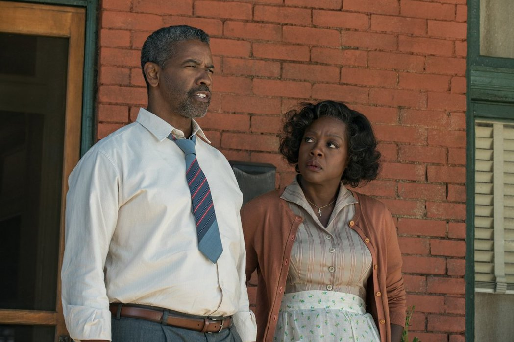 丹佐華盛頓與薇奧拉戴維斯都有可能以「藩籬」獲奧斯卡獎。圖/摘自imdb