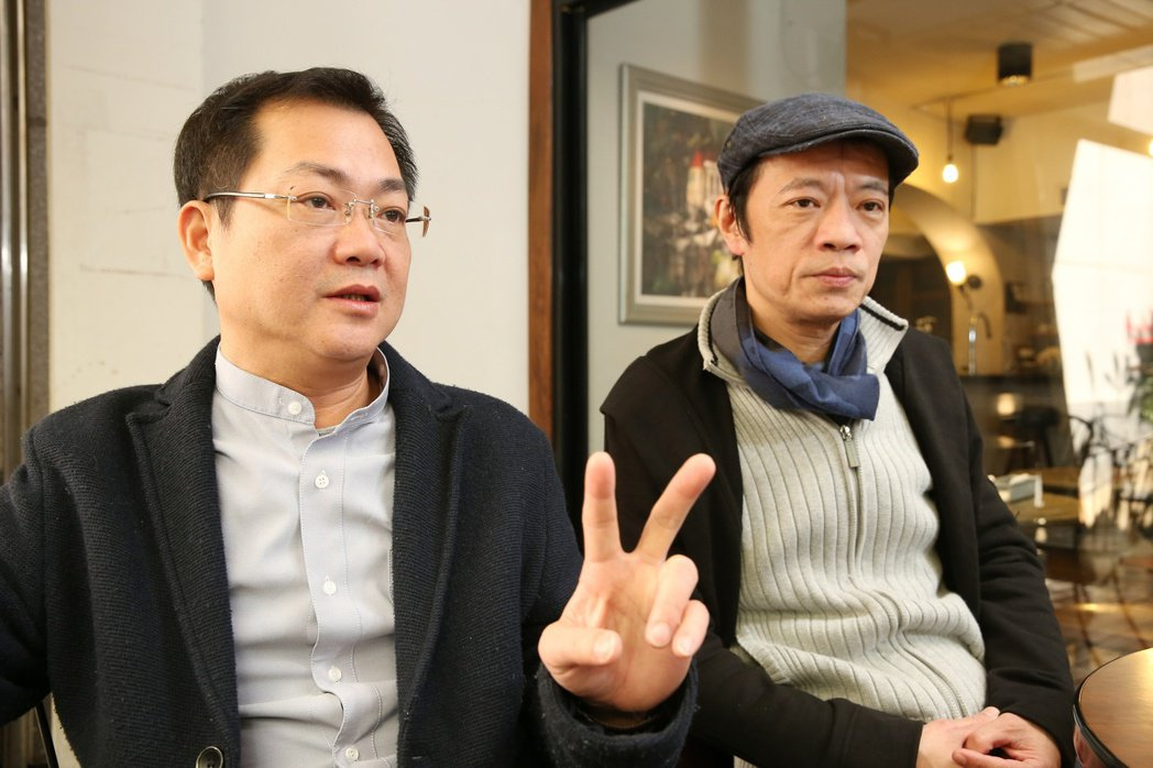 吳朋奉(右)、導演黃朝亮(左)。記者陳立凱/攝影