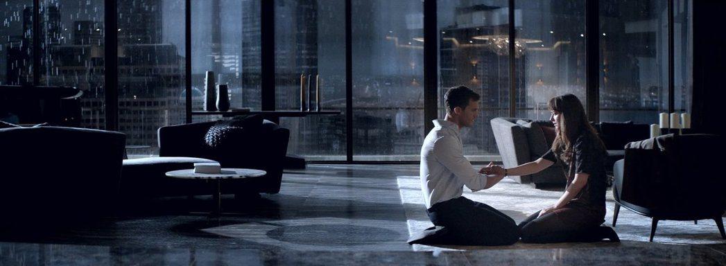 「格雷的五十道陰影:束縛」票房成績深受各方矚目。圖/摘自imdb